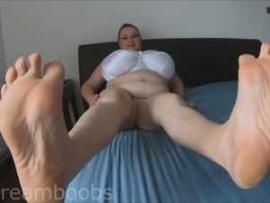 lilydreamboobs sexy feet, 40P natural tits
