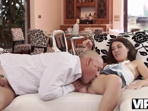 VIP4k. Old man uses the chance of having sex with tender
